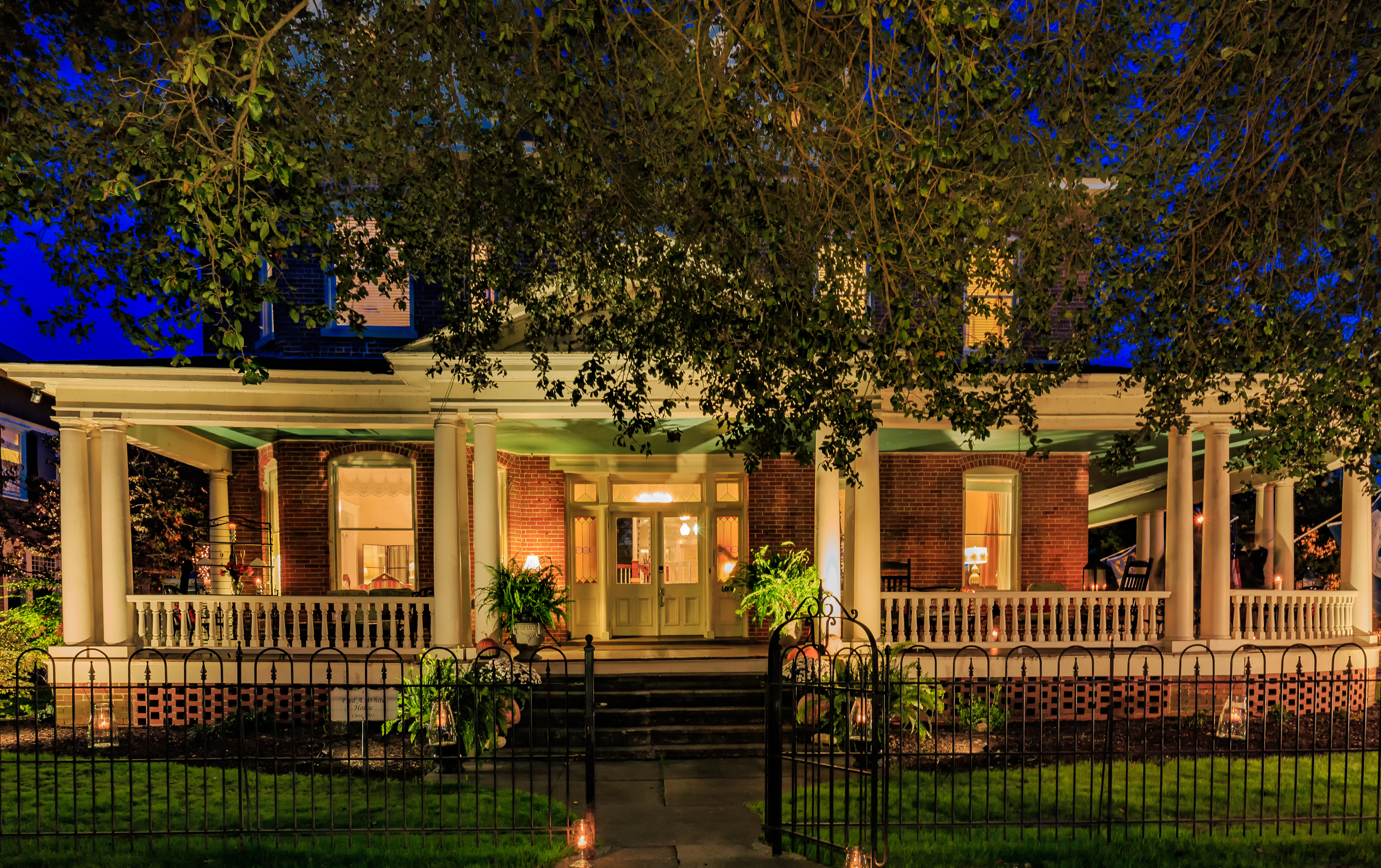 Evening time at our Edenton, North Carolina Hotel
