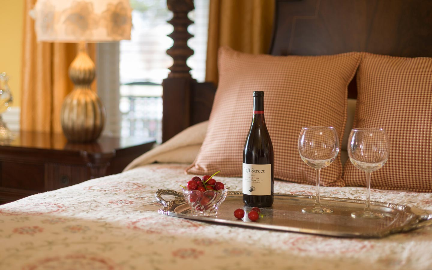 Romantic Getaways in North Carolina in room wine