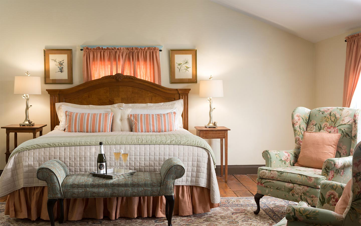 Edenton NC Bed and Breakfast romantic room