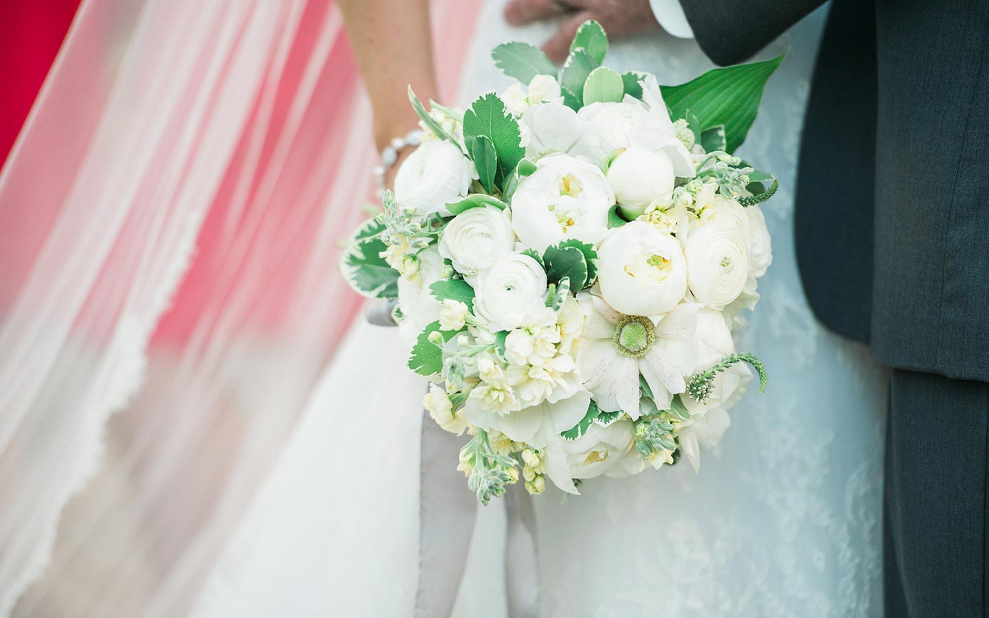 North Carolina wedding venues - flower arrangement