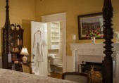 Hugh Williamson Suite Edenton Lodging