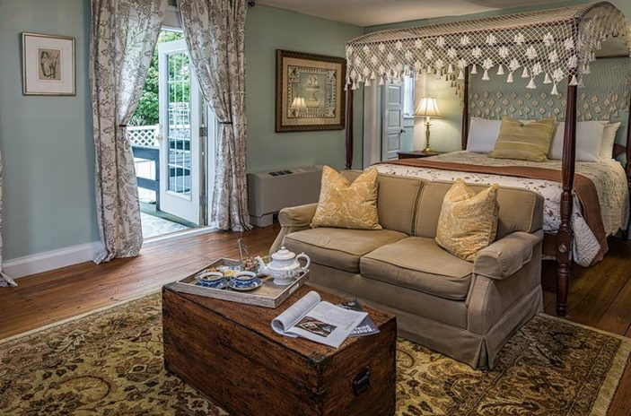 Boutique Hotels in Edenton NC, the Pembroke Room Bed and loveseat with chest and tea tray