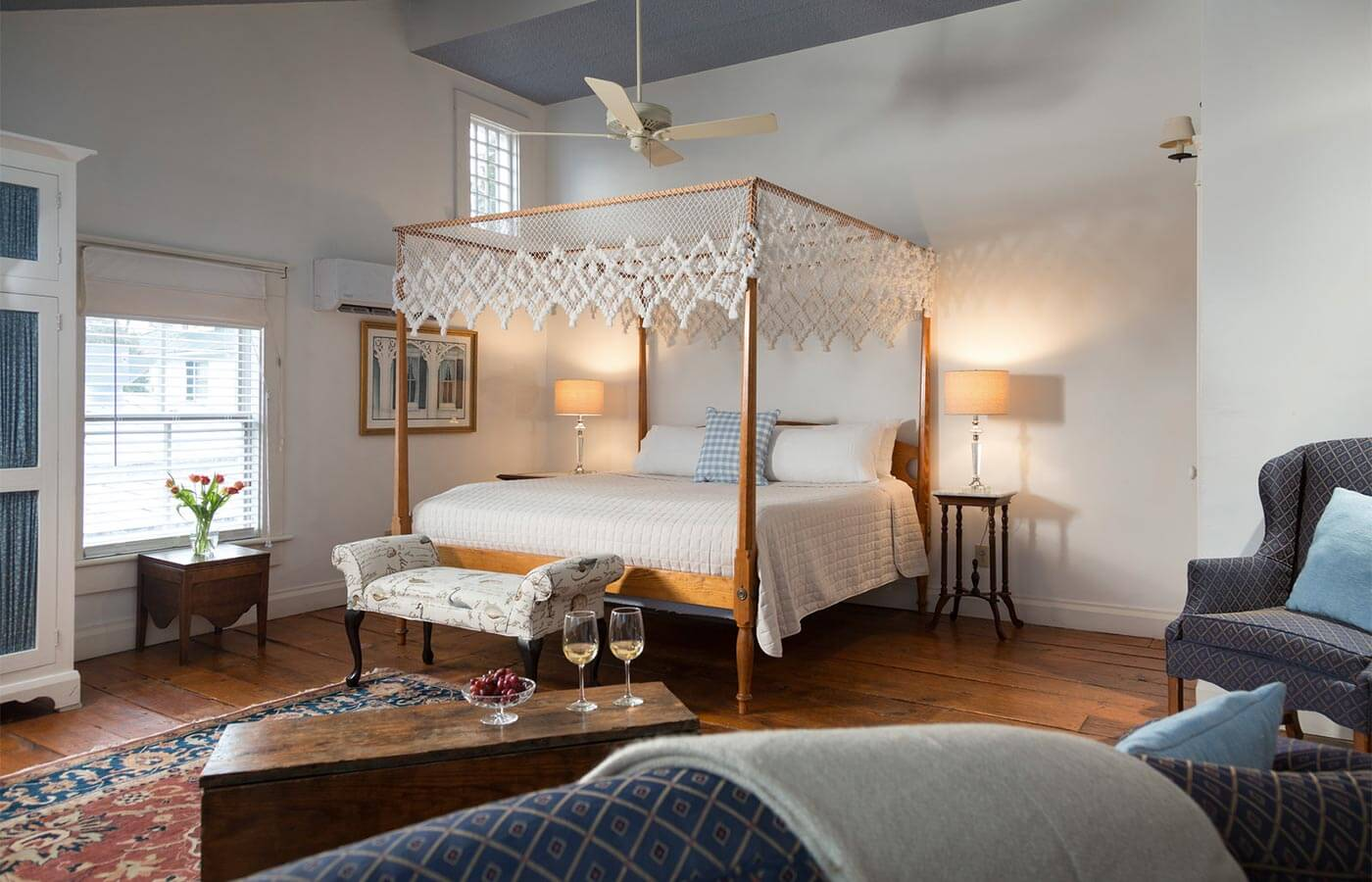 North Carolina East Coast B&B Queen Anne Suite with canopy bed, antique trunk, wine glasses