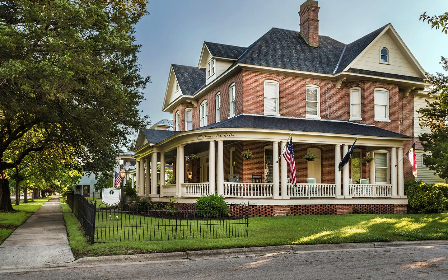 Exterior shot of Inner Banks Inn a North Carolina Bed and Breakfast in a historic building